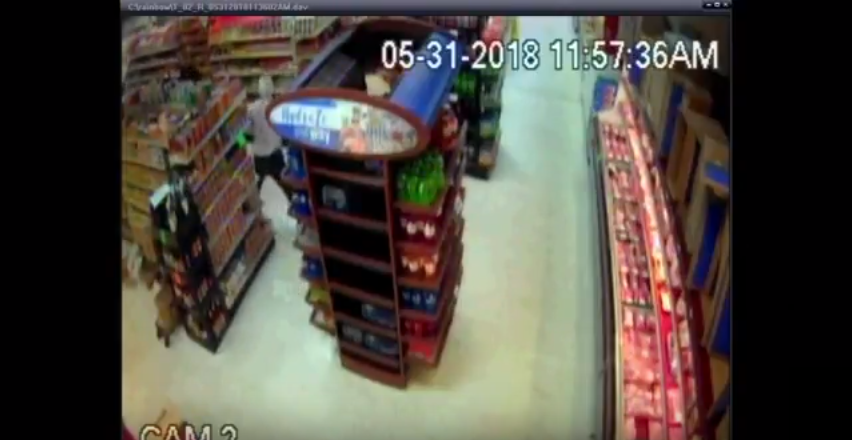Video Deputy takes down hammer-wielding suspect with cans of beans